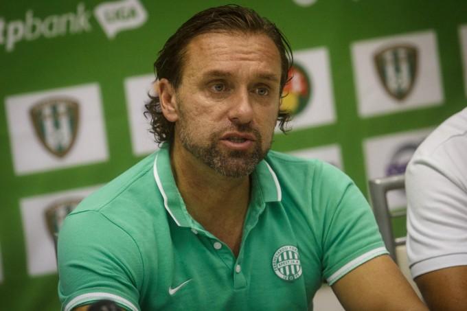 Doll az Újpest stadionját szapulta és a sajtónak is beszólt a Vasas miatt