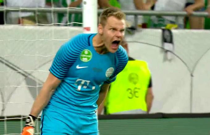 Szavazás: az ollózás vagy 61 méteres volt a nagyobb, Fradinak lőtt győztes gól?