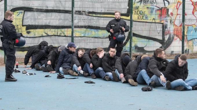 Hertha-Frankfurt: brutális bunyó, majd' 100 letartóztatott