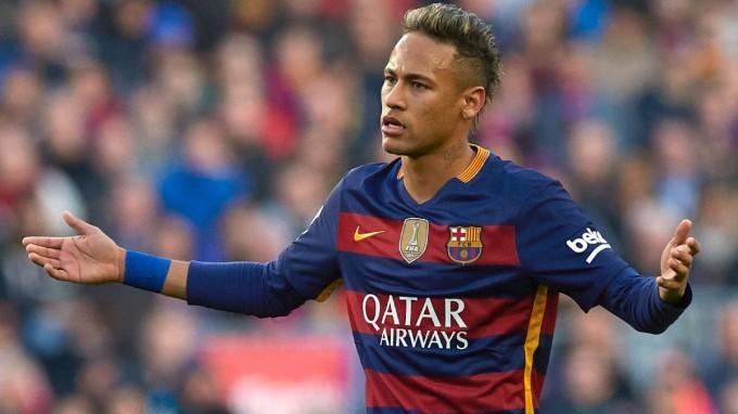 Ebben a topcsapatban folytatja a Barcától elvágyódó Neymar?