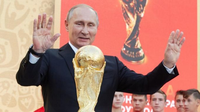 Putyin vs. sejk: máris megvan a vb pillanata - videó