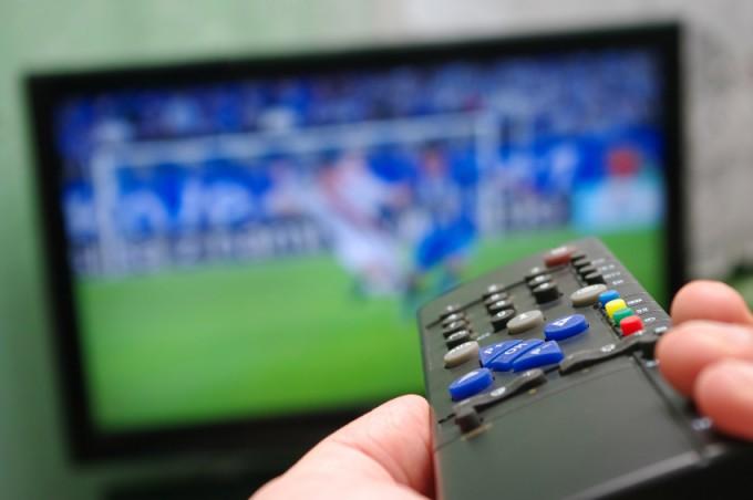 A vasárnapi focimeccsek és televíziós közvetítések