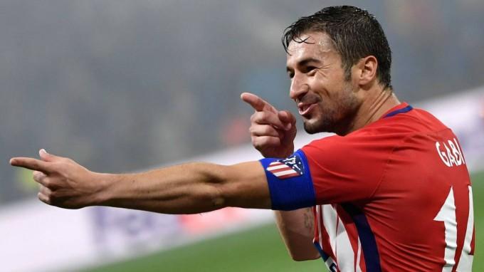 Elismerte a bundát, mégis megérdemelte, hogy gólt vágjon az EL-döntőben