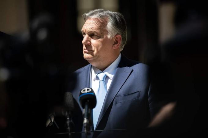Magyarország-Írország: Orbán Viktor véleménye a térdelésről a fütyülésről