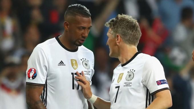 A német válogatott húzóemberére csaphat le az MU