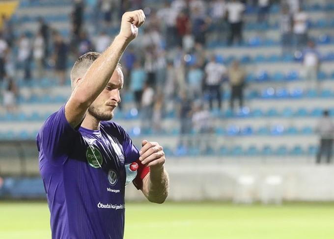 Az újpesti csapatkapitány alaposan kiosztotta a klubját!