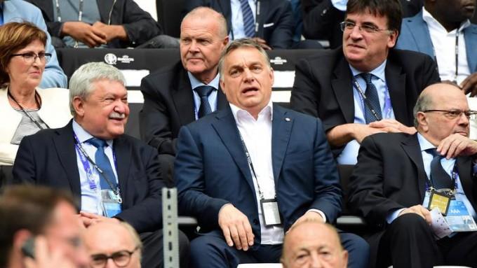 Orbán Viktor irányítja a Puskás Ferenc Stadion építését
