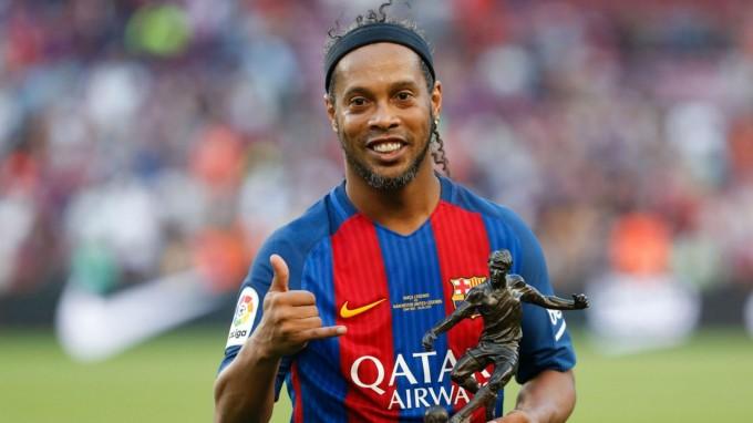 Ronaldinho elárulta, mikor fejezi be a pályafutását