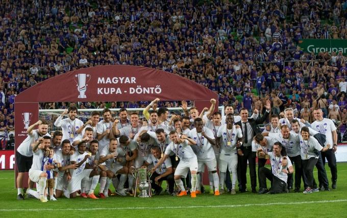 Még mindig örömmámorban az Újpest a kupasiker után