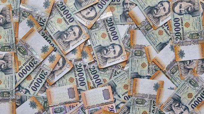 TAO: súlyos milliárdokat vonnak el