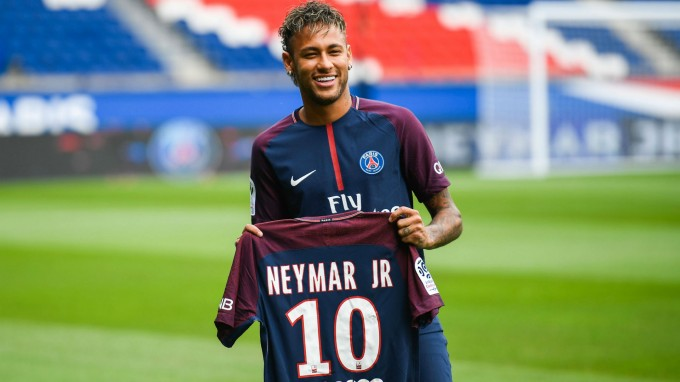 Áll a bál a PSG-nél: Neymar miatt kirúgják a csapat ászát?