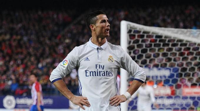 Ronaldo új frontot nyitott a szurkolók miatt