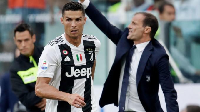 Szupertrióval erősíthet a Juventus